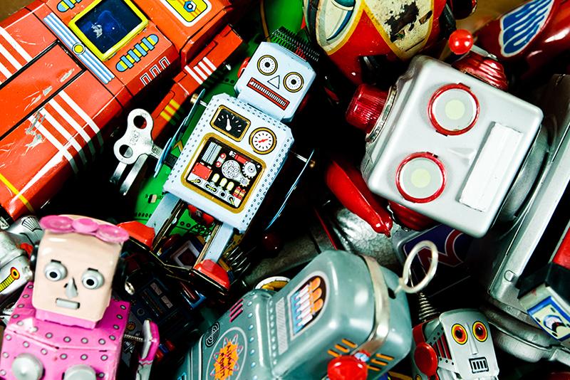 Retro Scifi Tin Toys, Robots, Rockets, Rayguns